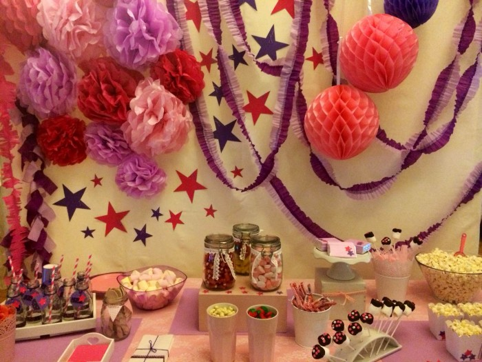 Mesa de Chuches inspirada en Violeta