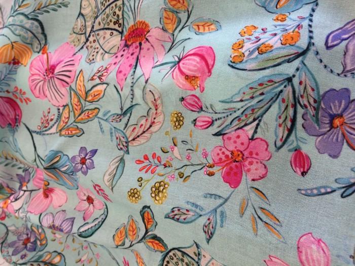tela kimono