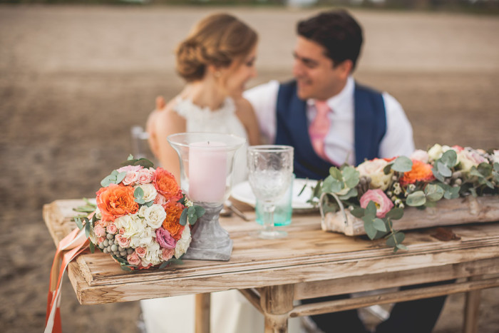 novios boda en la playa